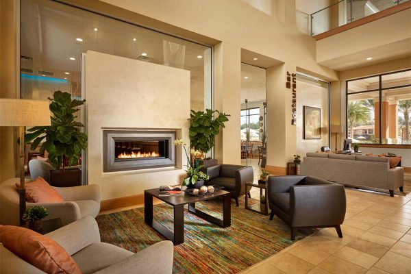 -2016-enhanced-RegalOaks_Lobby-FireplaceSeating-1