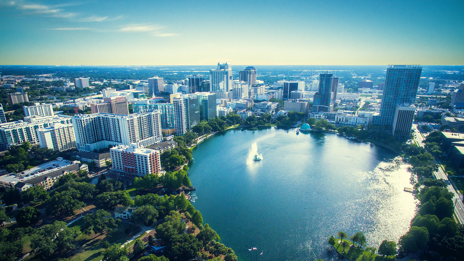 How did Orlando, Florida become Theme Park Capital of the World?